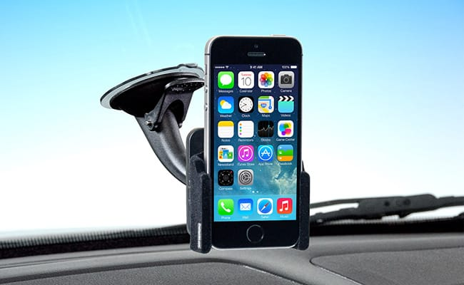 suction-cup-car-phone-mount-holder-summer-road-trip